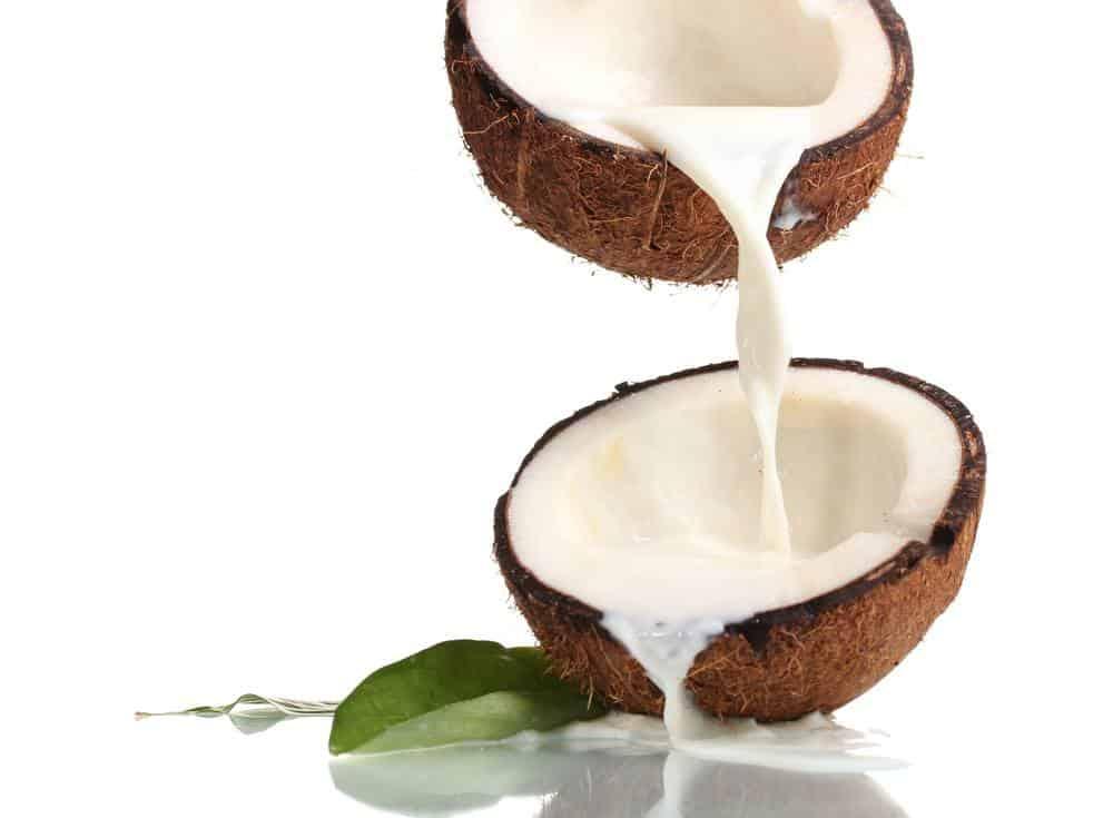 coconut-milk-in-coffee-2
